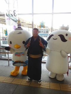 函館で宣伝