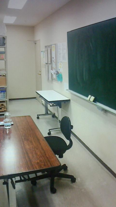 ラジオと営業と教室